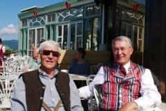 Landzeit-Terrasse - Hubert und Wasti